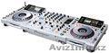 2x PIONEER CDJ 2000 & 1x DJM 2000 MIXER DJ PACKAGE + PIONEER HDJ 2000